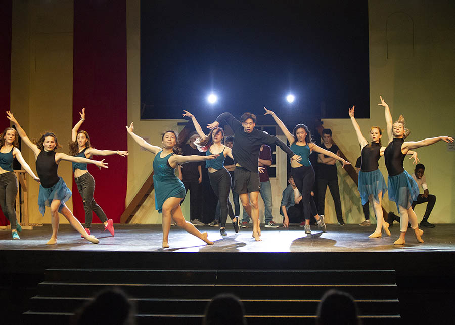 Upper School Dance Show 2018